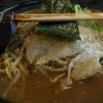 こだわりらーめん 麺太 - 料理写真:アップ過ぎる全体