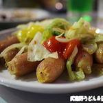 丸広百貨店 屋上ビアガーデン - ウィンナーと野菜炒め