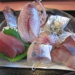 いとう漁協直営 漁師めしや 波魚波 - 地魚アップ。黄肌マグロもあります!