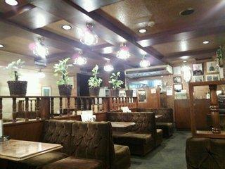 純喫茶 デア - 店内はある意味豪華です。