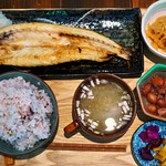 ヨリドコロ - かますの干物定食