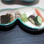 銀座 よし澤 - 充実の香の物他ご飯のお供