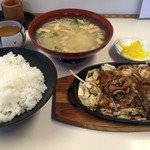 馬鹿盛ぽんぽこ - ⚫︎焼肉定食=864円 税込