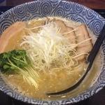 伍徳 - 鶏そば塩(750円)