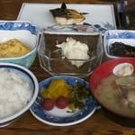 田代別館 - 料理写真:料理全体(8/14朝食)