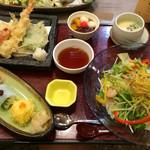 かんながら - サラダうどん 手毬寿司 天婦羅 あんみつ 茶碗蒸し