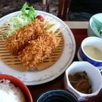 40881859 - マグロ串カツ定食