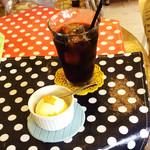 スマッジ コミュ - プチデザートセットのアイスとアイスコーヒー 150円