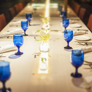 接待や会食向け大テーブル