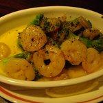 イタリアンレストラン アランチーニ 桜上水 - 料理写真:ブロッコリーとエビ炒めにアンチョビソース。美味い!