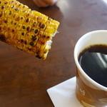 境川パーキングエリア (上り線) - 焼きもろこしとコーヒー、、、合わないよぉ~