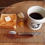 ビー ア グッド ネイバー コーヒー キオスク - 2015.8  ペリカンのパンのトーストセット500円