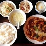 岩香屋 - 酢豚定食