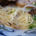 こむらさき - 麺とスープ