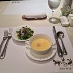 上野精養軒松屋 - セットのスープとサラダ