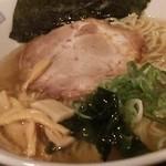 風知空知麺 - 煮干し塩そば 680円