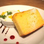カッフェ ビーンデイジー - バニラパウンドケーキ&マンゴープリン(ランチドルチェ)