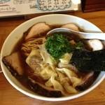 40913132 - 醤油チャーシューワンタン麺大盛り濃いめ 1330円