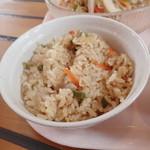 ガーデンレストラン - 「冷しちゃんぽんセット」(1000円)の五穀米