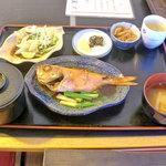 ぢばうま八 - レストラン ぢばうま八(金目煮付け定食)