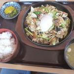 なっぱはうす - 肉野菜炒め定食(720円)