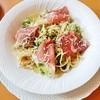 みるくのアトリエ - 料理写真:本日のパスタ(ブロッコリーと生ハムのペペロンチーノ)セット 1,450円