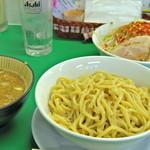 今を粋ろ - 2015年8月 つけ麺(700円) ニンニクなし、野菜・アブラ・カラメまし