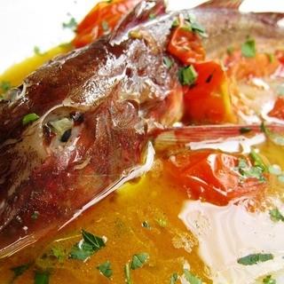 """""""ペスケリア""""魚介専門イタリアンらしい豪快な料理で魅せます"""