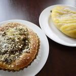 カフェ グラーノ - 夏カレーパン&クリームパン