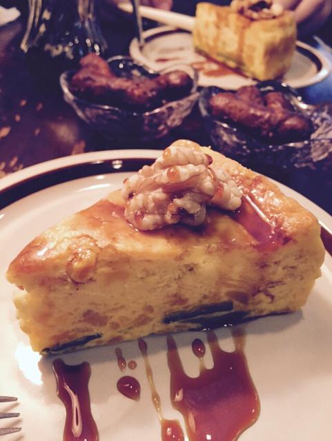 高品質珈琲と名曲 私の隠れ家 - カボチャのチーズケーキ