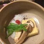 40944323 - 早松茸と鱧の土瓶蒸し、旨出汁掛け(^^)
