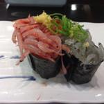 沼津 魚がし鮨 流れ鮨 - 桜海老と生シラスの軍艦