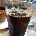 40948886 - アイスコーヒー・・薄めですが量があるのは嬉しいかも。