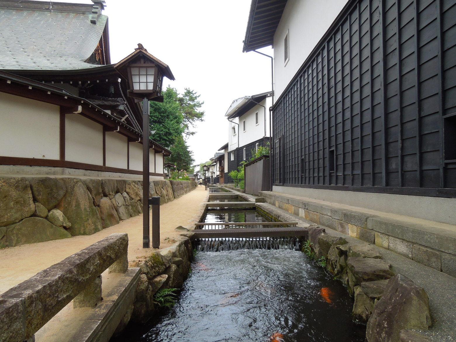日根野美術館