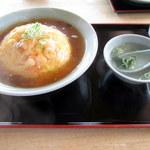 チャイナ食堂彩園 - 天津飯大盛り(800円)