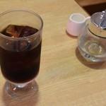 ポポット - アイスコーヒー(シロップとミルクは別)
