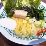 三崎港ラーメン - 醤油とんこつラーメン700円  神奈川最南端の家系だぁ!!