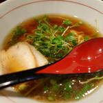 麺屋じぇにー - 鶏魚醤油らーめん(790円)