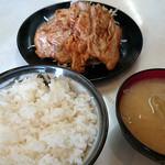 まるやま食堂 - ロースしょうが焼き定食