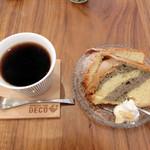 デコ カフェ - セットデザート&ホットコーヒー