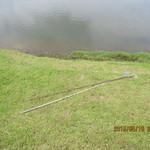 那須ちふり湖カントリークラブレストラン - 何故かショートホールの池に釣り竿が・・