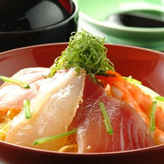 海鮮丼…1,250円