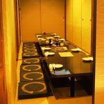 全席個室居酒屋 柚柚~yuyu~ - 扉で仕切られた完全個室です。