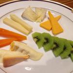 チーズのお家 - 本日のおすすめチーズ盛り合わせ5種(2人前) 1000円税込