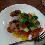 ケンケンビアファクトリー - 揚げタコと野菜のマリネ
