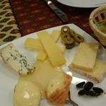 40981521 - チーズ盛り合わせ