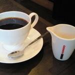 カフェテラス 府内珈琲 - ケーキセットのナポリコーヒー。