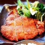 黒木屋宮崎 西都 - ★地頭鶏(じとっこ)のチキンカツ