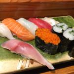 魚道 - 並にぎり ¥1,200