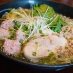塩らー麺 本丸亭 - 鶏三昧塩ら~麺